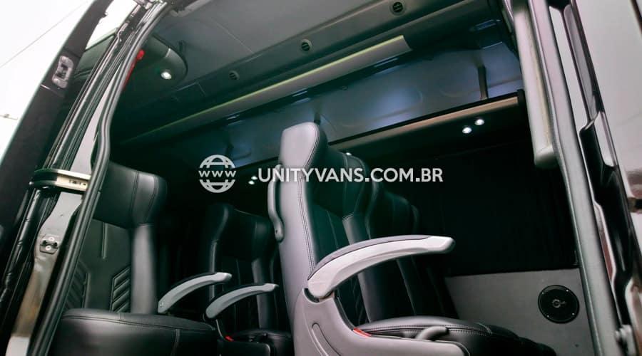 vans para 10 e 11 passageiros traslados aeroportos