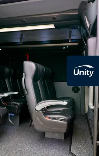 O melhor transporte para sua festa de formatura. Saiba Mais na Unity Vans!