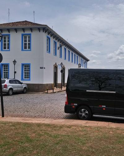 Aluguel de Vans para São Roque SP