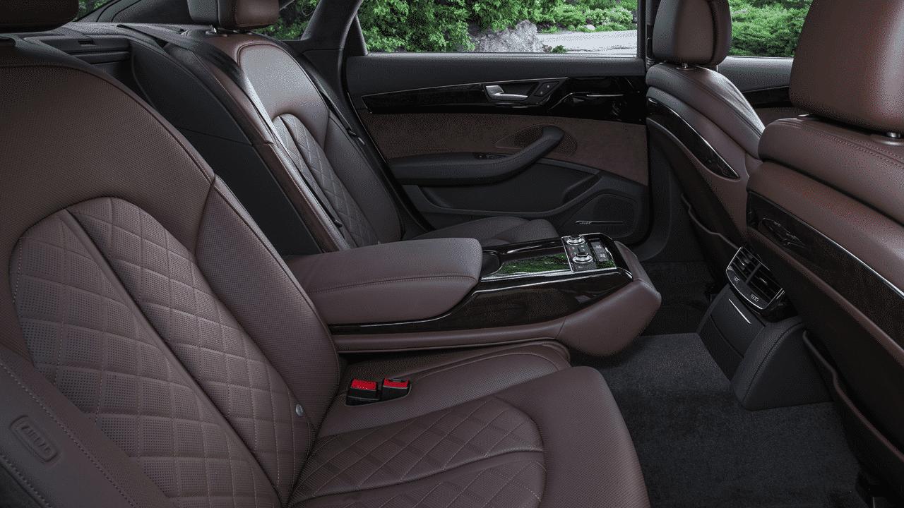Audi A8 Limo Quattro em SP