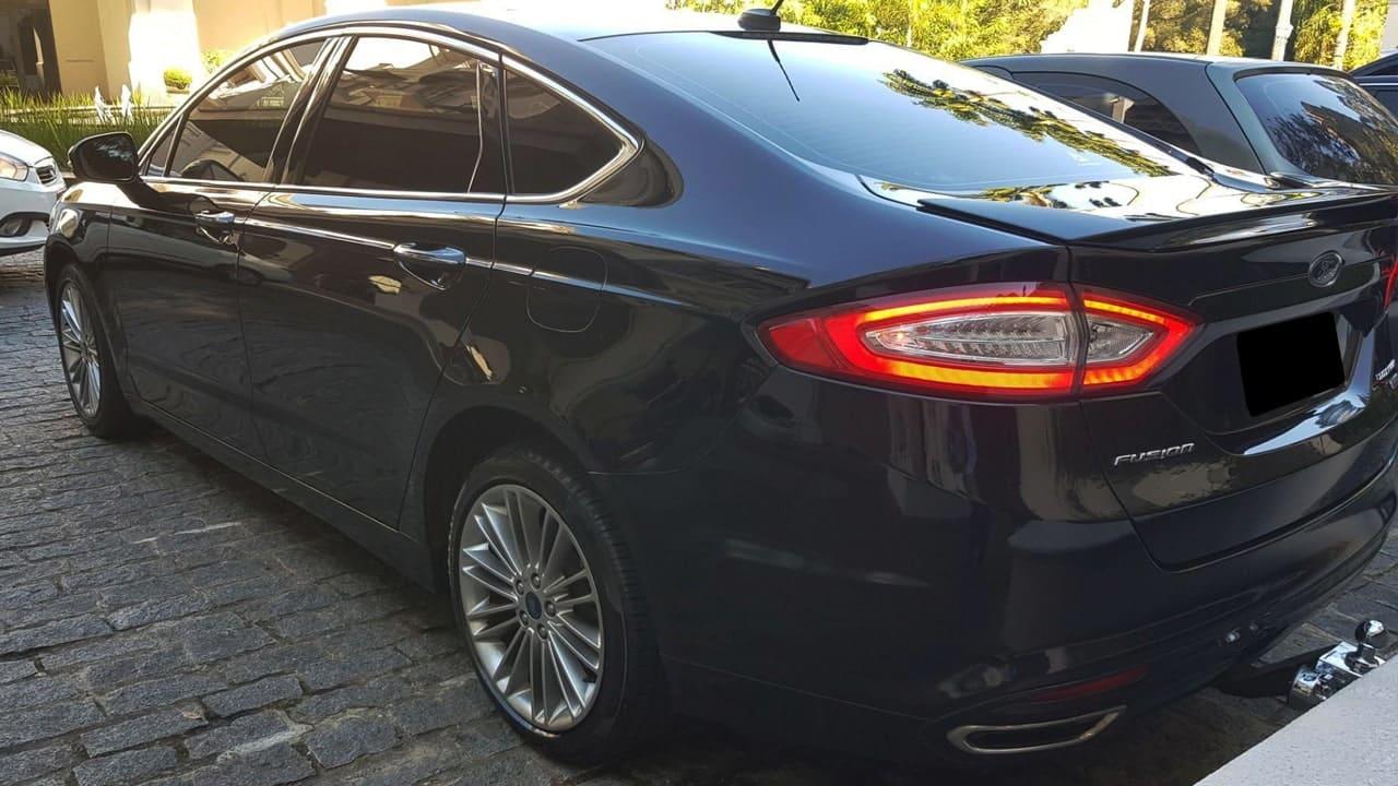 Ford Fusion luxo blindado com motorista em sp traslado aeroporto