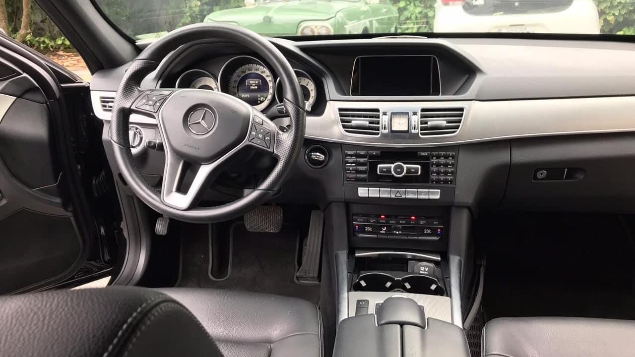 Mercedes e250 luxo com motorista para disposição com segurança