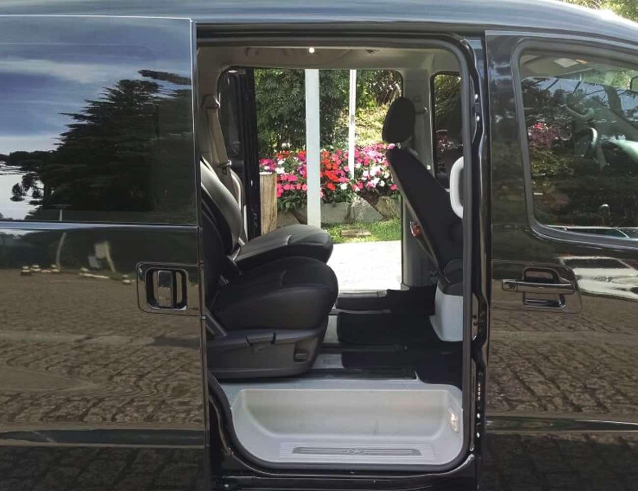 Minivan executiva para familia e convidados casamento