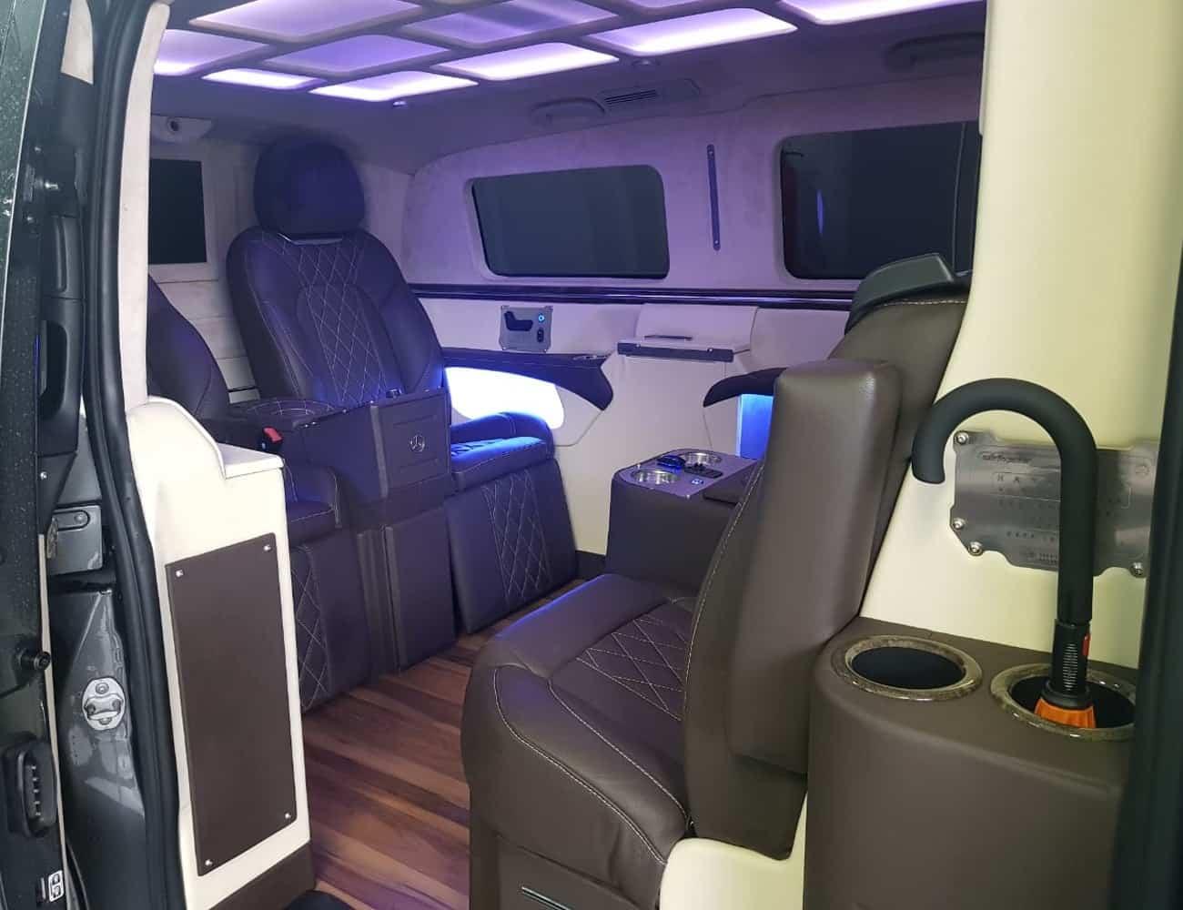 locação de minijetvan premium em sp