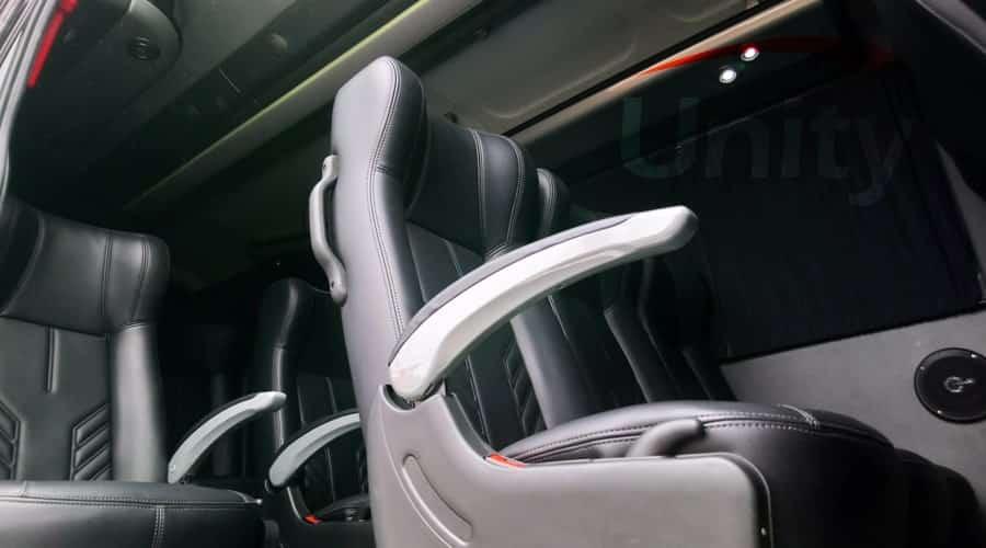poltronas reclináveis e confortáveis para transfer com Aluguel de Vans